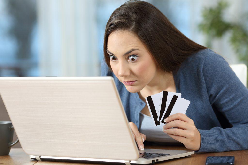 apareceu uma compra alta em seu cartão de crédito?