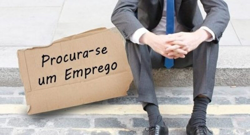 Desempregado? Aprenda ganhar dinheiro online