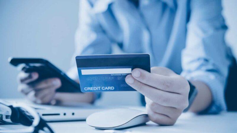Dívidas de cartão de crédito: como sair delas?